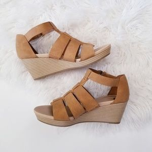 Dr. Scholls wedge sandals 7.5